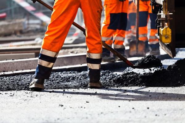 Nieuzasadniona odmowa wykonywania pracy w godzinach nadliczbowych może być podstawą do nałożenia kary porządkowej lub nawet rozwiązania umowy o pracę.