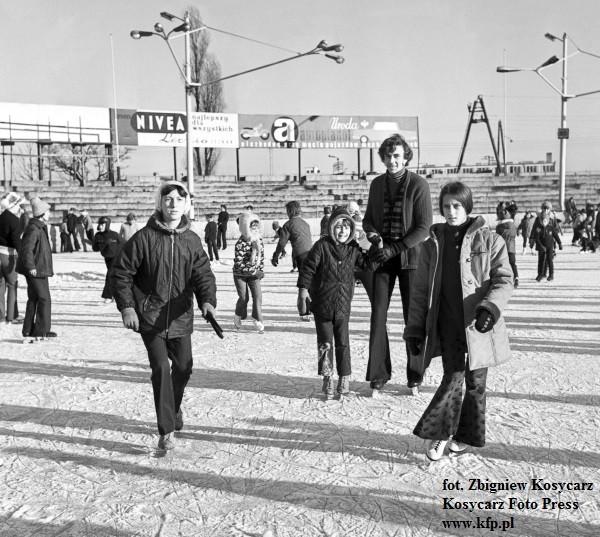Ślizgawka na stadionie GKS Wybrzeże w latach 70.