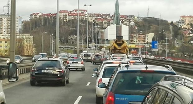 Remont Estakady Kwiatkowskiego zawsze oznacza utrudnienia dla kierowców.