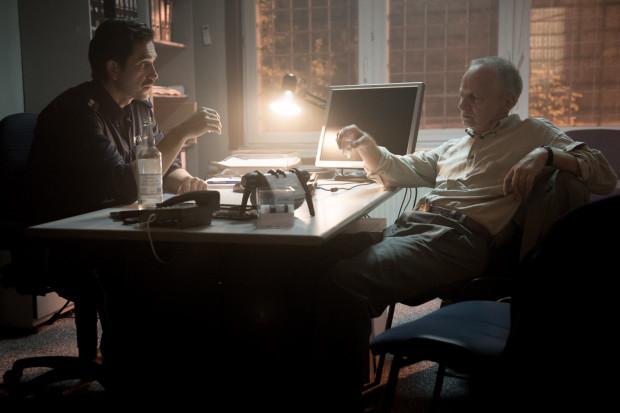 """W """"Ostatnim psie"""" po 13 latach na wielki ekran ponownie wracają kultowe postaci """"Pitbulla"""": """"Despero"""", """"Metyl"""" i """"Nielat"""" (""""Quantico""""). W wydaniu kolejno Dorocińskiego, Stroińskiego i Mohra stanowią największy atut filmu."""