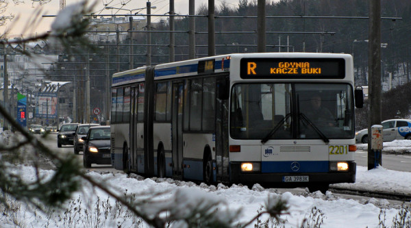 Mercedes O405GN2 z 1995 r. - jeden z dwóch autobusów z tego rocznika eksploatowanych przez PKM.