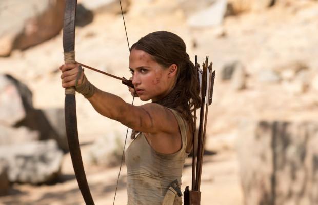 """""""Tomb Raider"""" to jeden z najbardziej wyczekiwanych filmów tego roku, szczególnie przez fanów serii komputerowych gier z Larą Croft. Produkcję z udziałem Alicii Vikander będzie można przedpremierowo zobaczyć w świąteczny weekend w trójmiejskich kinach."""