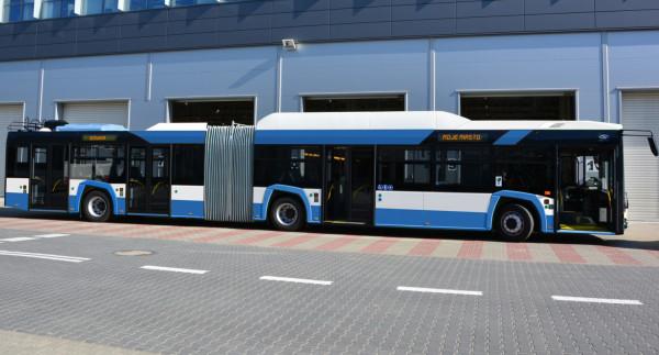 Trolejbusy będą do Gdyni dostarczane sukcesywnie od września. Wiosną 2019 wszystkie 30 będzie jeździło po ulicach Gdyni.