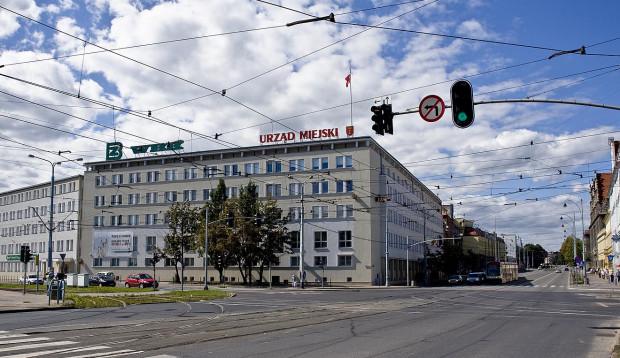 W gdańskim magistracie urzędnicy otrzymują nagrody przekraczające 40 tys. zł.