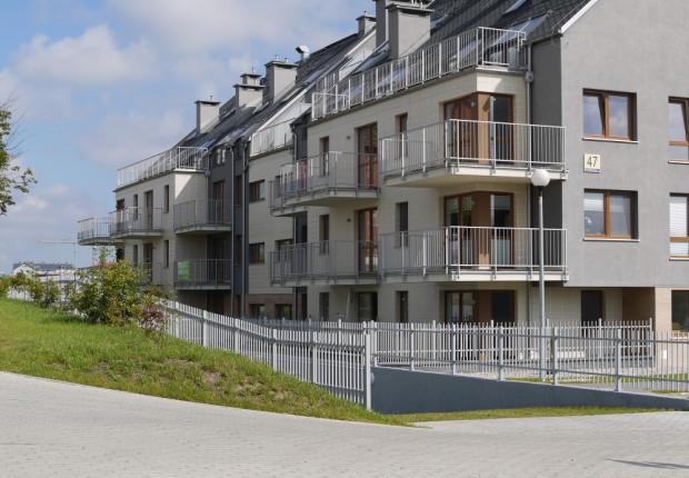 Na Osiedlu Lazurowym kupić można zarówno mieszkania gotowe jak i z terminem odbioru na sierpień 2018 roku.