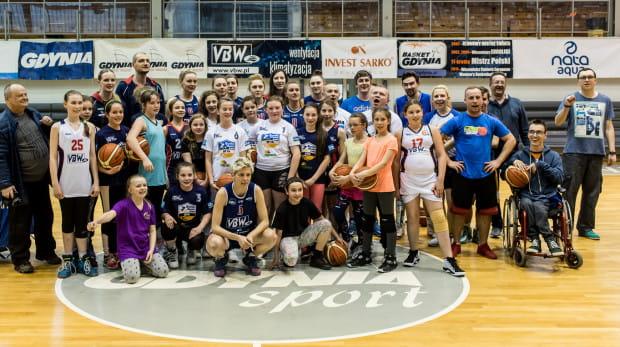 Basket 90 Gdynia zakończył sezon meczem z kibicami