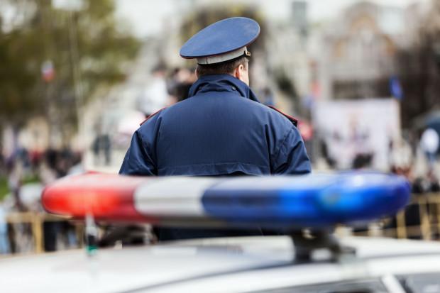 Skorzystanie z możliwości ponownego ustalenia wysokości emerytury policyjnej i podniesienia wysokości świadczenia możliwe jest przy zachowaniu dodatkowych warunków.