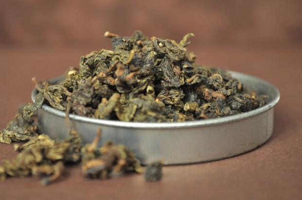 Herbata dzieli się na sześć rodzajów: białą, zieloną, żółtą, oolong, czerwoną i czarną.