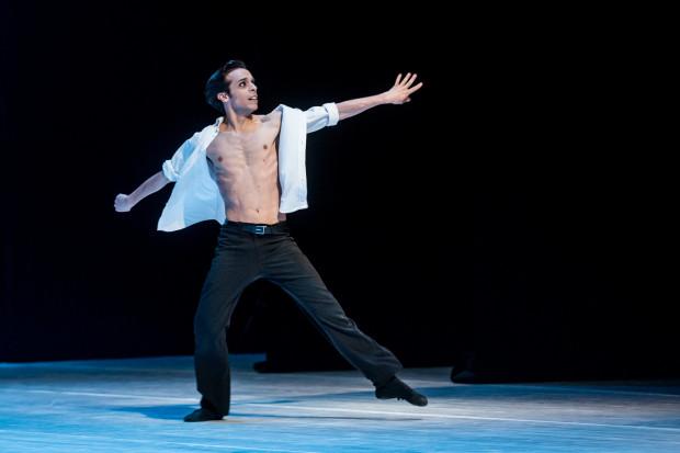 Największy aplauz w pełni zasłużenie otrzymał po swoim solowym tańcu (do piosenki Édith Piaf) François Mauduit, choreograf pierwszej części wieczoru.