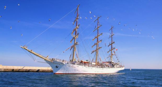 Dar Młodzieży wypływa w Rejs Niepodległości w niedzielę. Wróci do Gdyni w marcu 2019 roku.