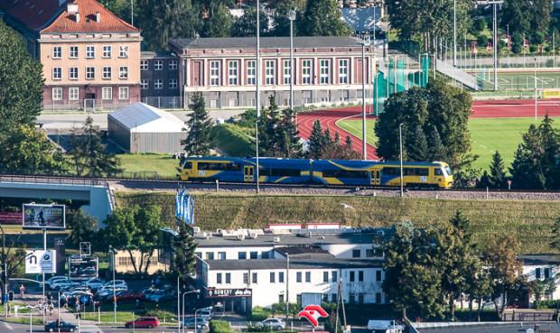 Nowe pociągi będą obsługiwały też linię PKM, która zostanie zelektryfikowana.