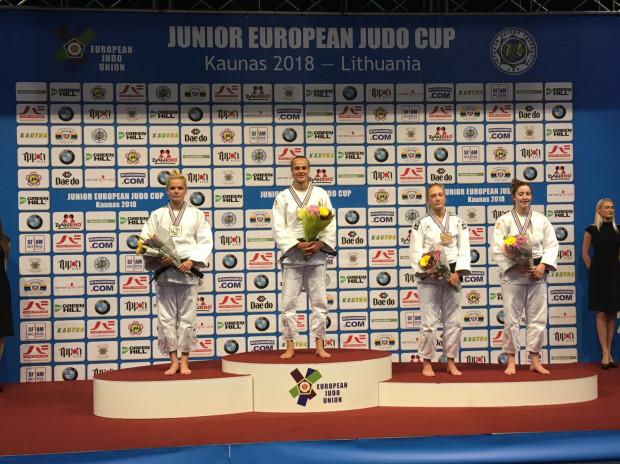 Karolina Miller na drugim stopniu podium Pucharu Europy.
