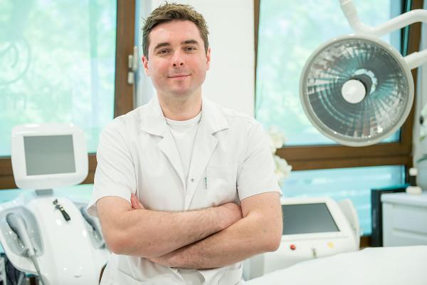 Dzięki mojej pracy oraz pomocy osób, które spotkałem na swojej drodze udało mi się połączyć to, co kocham - czyli medycynę, z biznesem - mówi Igor Michajłowski.