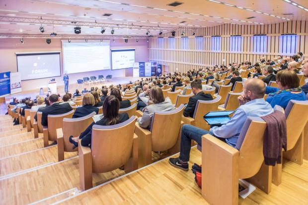 Konferencja poza treściami merytorycznymi czy możliwością pracy warsztatowej stwarza też przestrzeń do wymiany doświadczeń.