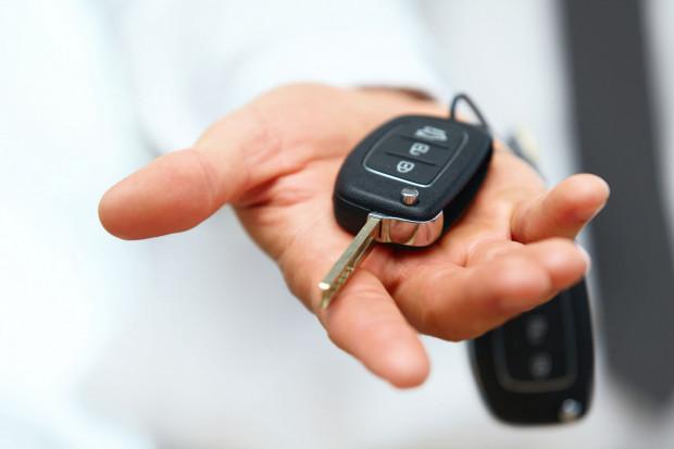 Pierwszą rzeczą, o którą powinien zadbać pracownik, to aby powierzony samochód był ubezpieczony również od autocasco.