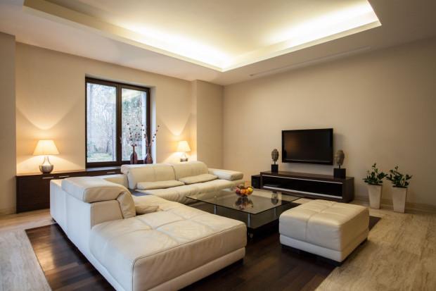 Apartamenty i mieszkania na wynajem są doskonale zlokalizowane, obszerne i wykończone w wysokim standardzie. W wielu przypadkach turyści wolą się w nich zatrzymywać zamiast w hotelach.