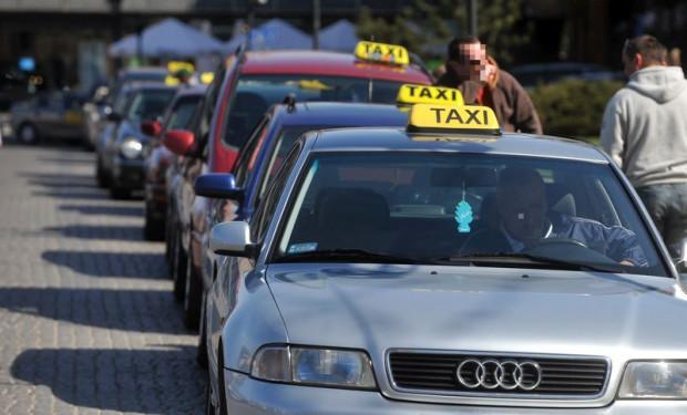 Po 11 latach pełnej swobody, w Gdańsku ponownie wprowadzono maksymalne stawki opłat za korzystanie z taksówek.