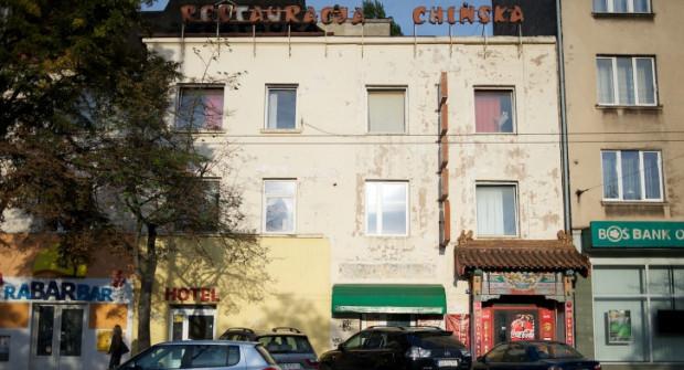 Tak budynek przy ul. Dworcowej wyglądał po opuszczeniu go przez wieloletniego najemcę.