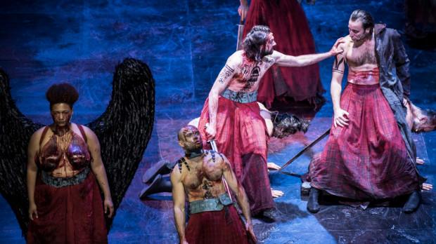 """...oraz """"Makbet"""" Teatru Muzycznego Capitol we Wrocławiu w reż. Agaty Dudy-Gracz (spektakl zostanie zagrany 4 sierpnia)."""