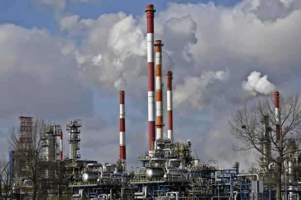 Przedstawiciele płockiego koncernu twierdzą, że cały proces konsolidacji Orlenu i Lotosu powinien zakończyć się w ciągu kilkunastu miesięcy.