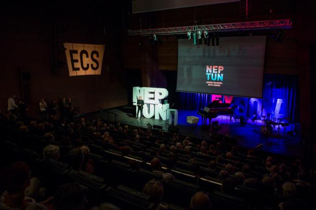 Uroczystość wręczenia Neptunów po raz drugi odbyła się w Europejskim Centrum Solidarności. Wcześniej nagrodę tę wręczano w Dworze Artusa.