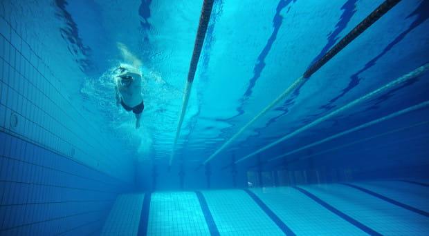W Gdańsku mamy cztery samodzielne pływalnie oraz osiem basenów przyszkolnych należących do Gdańskiego Ośrodka Sportu.