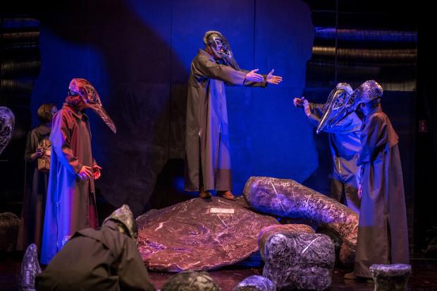 """""""Wieloryb"""" Jerzego Limona w reżyserii Jacka Głomba 16 września zainauguruje sezon Teatru Miniatura."""