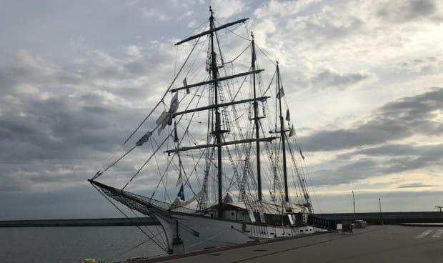 Żaglowiec Le Marité jest już w Gdyni, ale jego zwiedzanie zacznie się od niedzieli i potrwa do czwartku.