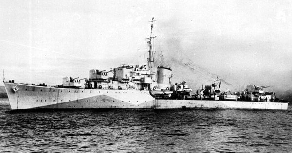 Marynarze uważają, że przewożenie zwłok na pokładzie okrętu przynosi pecha. ORP Orkan został torpedowany po tym, jak kilka miesięcy wcześniej transportował zwłoki gen. Sikorskiego.