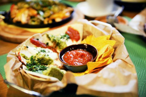 Quesadillas z chorizo.