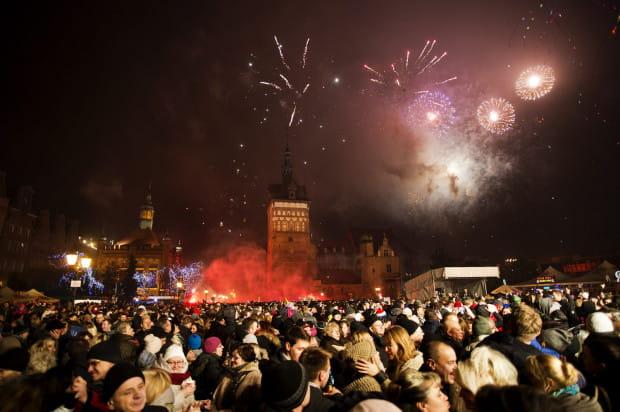 W Nowy Rok w Gdańsku wprowadzi nas bicie największego, trzytonowego dzwonu carillonu kościoła św. Katarzyny, a niebo rozświetli pokaz laserów, zastępując dotychczasowe pokazy fajerwerków.