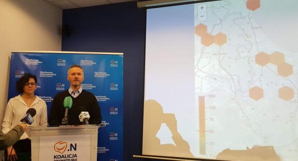 Jarosław Wałęsa i Marta Gibczyńska z FRAG przedstawili pomysły na czyste powietrze w Gdańsku.