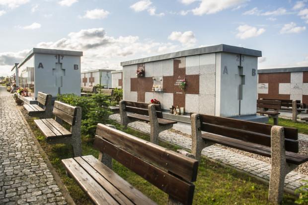 Tylko Gdynia myśli o zbiorowej mogile dla osób pochowanych na koszt miasta.
