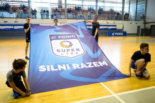 W Gdyni w PGNiG Superlidze pozostanie tylko męska drużyna. Ze stowarzyszenia piłki ręcznej kobiet uda się uratować jedynie grupy młodzieżowe.