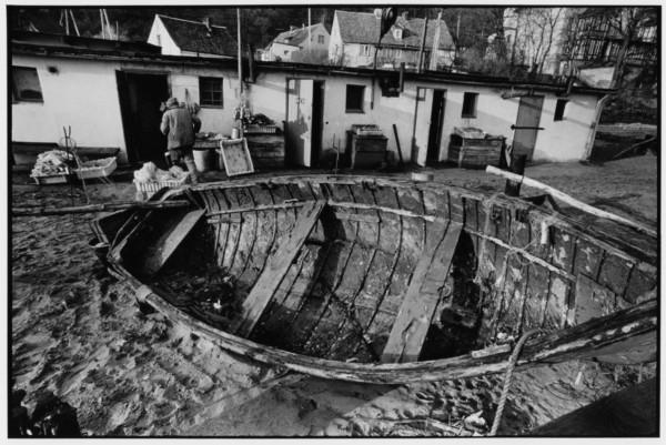 Baraki na przystani rybackiej w Orłowie, 2.11.1985 r.