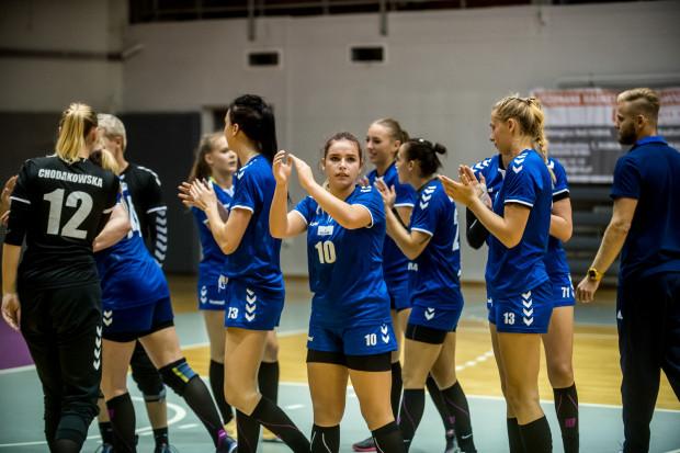 Piłkarki ręczne Arki Gdynia już oficjalnie wykluczone zostały z ekstraligi. Upadła drużyna, która w w 9 ostatnich sezonach zdobyła 7 ligowych medali, w tym 2 złote.