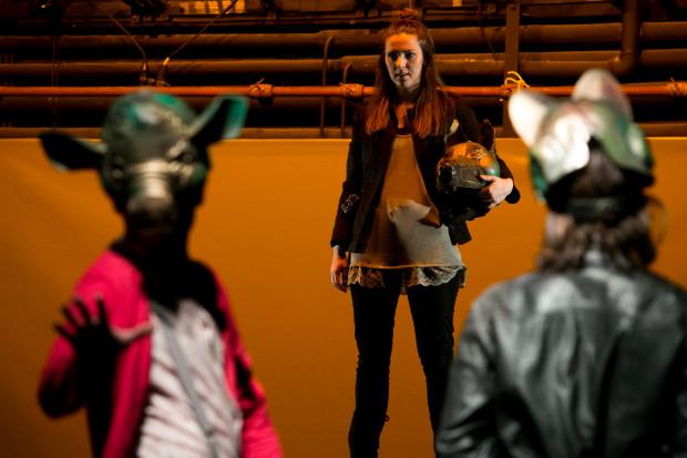 """Przegląd zainauguruje """"Bunt"""" Teatru Miniatura według prozy Reymonta, ukazujący terror rządzących i okoliczności prowadzących do rebelii."""