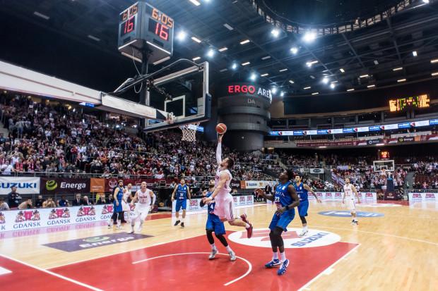 Koszykarze reprezentacji Polski cieszą się, że w końcu grają domowe mecze w jednym obiekcie, którym jest Ergo Arena.