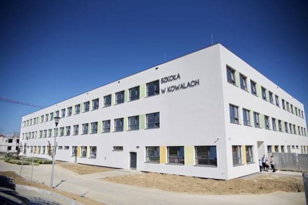 Pierwszy dzwonek w Metropolitalnej Szkole w Kowalach zabrzmiał 3 września br.