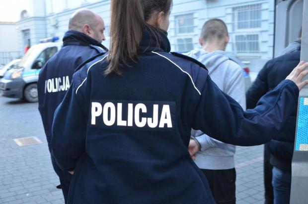Sprawcą kradzieży okazał się 32-latek z Gdańska. Jego wspólniczką podczas kradzieży była 20-letnia gdańszczanka.