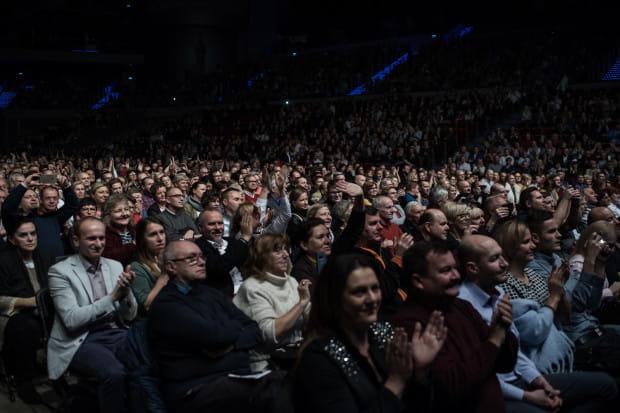 Na widowni Ergo Areny w niedzielny wieczór zasiadło przeszło 6 tys. osób.