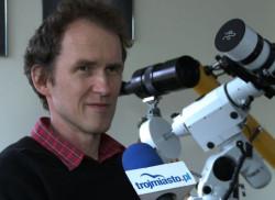 Krzysztof Horodecki, nauczyciel fizyki, astronomii oraz pomysłodawca i założyciel obserwatorium astronomicznego w GSA.