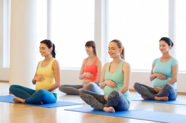 Jeżeli ciąża przebiega bez zakłóceń, to gimnastyka jest jak najbardziej wskazana.