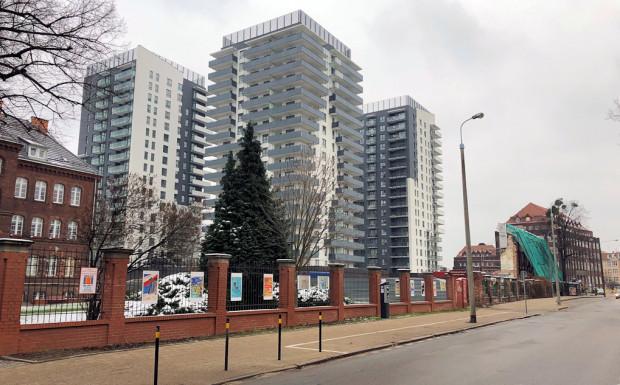 Bastion Wałowa powstał w oparciu o ten sam plan, który obowiązuje dla Młodego Miasta i który pozwala na podobną zabudowę na znacznie większym obszarze.