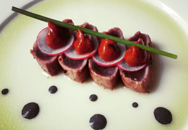 Hartman był jednym z pierwszych trójmiejskich kucharzy specjalizujących się w kuchni japońskiej.