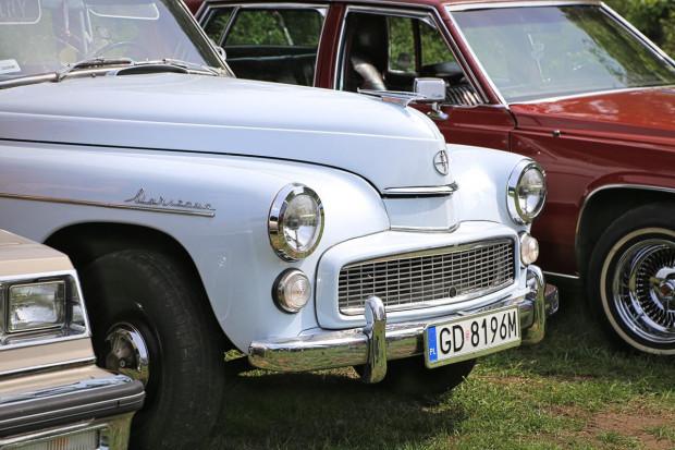 Polski Związek Motorowy porozumiał się z Compensą w sprawie zniżek na ubezpieczenie OC dla pojazdów zabytkowych.