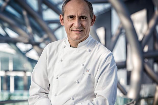 Paco Perez jest szefem w kilku restauracjach na świecie, cztery z nich mają gwiazdki Michelin.