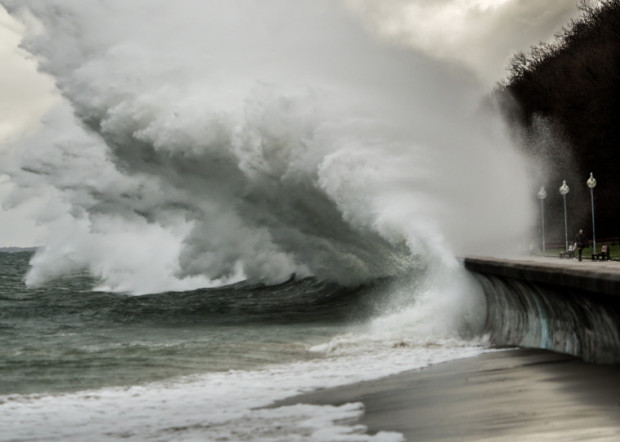 Fale na Bałtyku dochodziły do 7 m wysokości. Mimo niszczącej siły dotleniały też wody naszego akwenu.