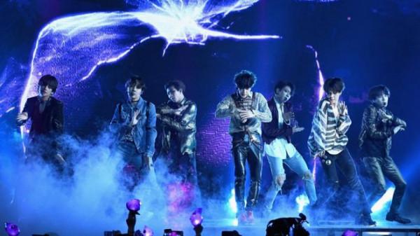 Koreański boysband BTS jest już światowym fenomenem, a ich teledyski w serwisie YT mają setki milionów odsłon. Transmisję ich najsłynniejszego koncertu z Seulu w styczniu będzie można obejrzeć na wielkim ekranie w gdańskim Multikinie.