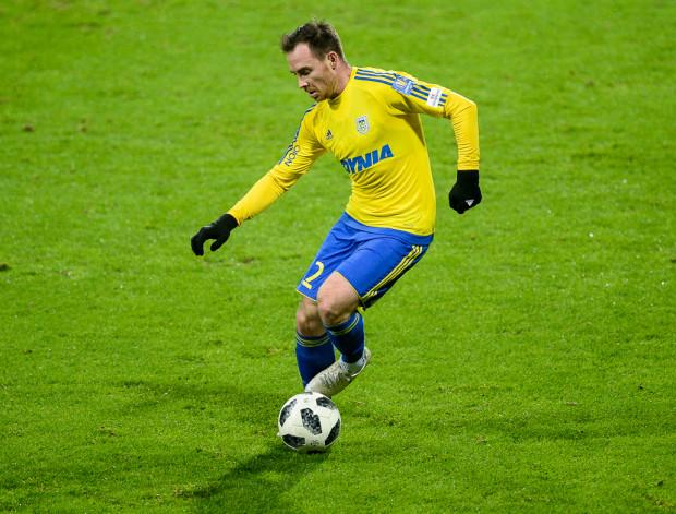 Michał Janota nie czuje się najlepszym piłkarzem Ekstraklasy, choć władze ligi taki właśnie tytuł przyznały pomocnikowi Arki Gdynia za mecze w grudniu 2018.